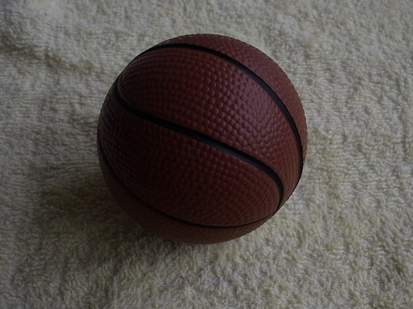 Promotioanl gifts China cheap PU stress basketball