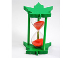 Maple Leaf Style Hourglass