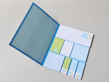 Removable sticky note pad with paper cover